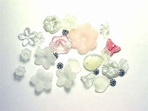 Lucite Flower Mix Clear
